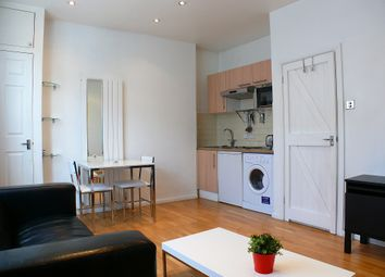Thumbnail 1 bedroom flat to rent in Crawford Street, London