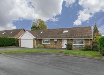 Thumbnail 5 bed property for sale in Chiltern Close, Goffs Oak, Hertfordshire