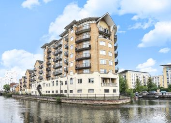 Thumbnail 3 bed flat for sale in Blakes Quay, Gas Works Road, Reading