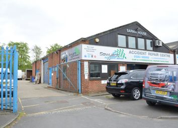 Thumbnail  Office to rent in Spindle Way, Crawley