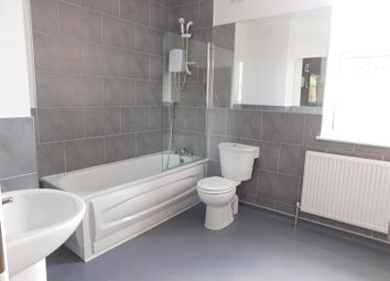 Thumbnail 1 bed flat to rent in Broad Green Road, Old Swan, Liverpool