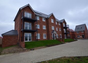 2 bed flat to rent in Le Marechal Avenue, Bursledon, Southampton SO31