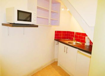 Thumbnail 1 bed flat to rent in Noble Street, Taunton