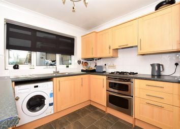 3 bed detached house for sale in Lunsford Lane, Larkfield, Kent ME20