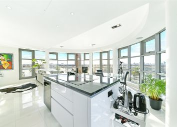 Thumbnail 2 bed flat for sale in Seacon Tower, 5 Hutchings Street, Canary Wharf, London
