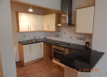 Thumbnail 2 bedroom flat to rent in Devonport Rd, Stoke, Plymouth