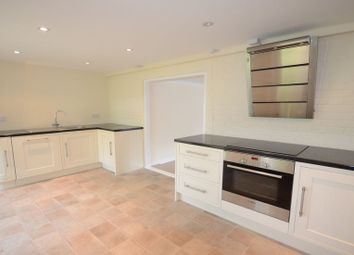 Thumbnail 2 bed flat to rent in Stovell Road, Windsor