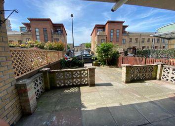 3 bed maisonette to rent in Broomfield Street, Poplar E14