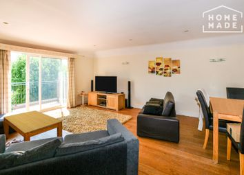 3 bed flat to rent in Sandringham Court, Westleigh Avenue, Putney SW15