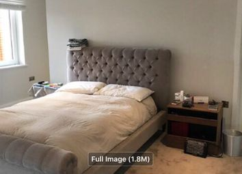 Thumbnail 2 bed flat to rent in Machanting Building, London