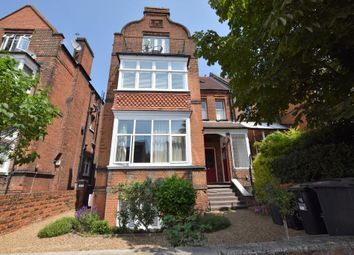Thumbnail 2 bed flat to rent in Cadogan Road, Surbiton