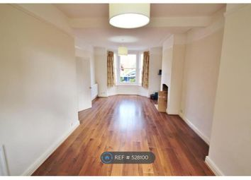 Thumbnail 3 bed flat to rent in Beacontree Road, London