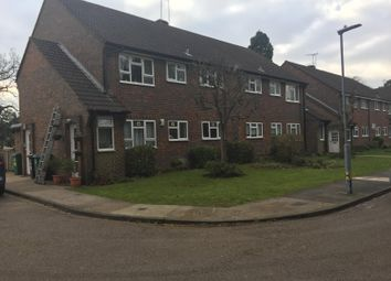 Thumbnail 2 bed flat to rent in Hempstead Road, Watford