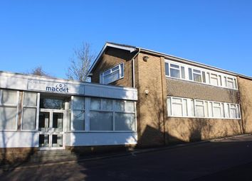 Unit A, Kingsway, Luton LU1. Office to let
