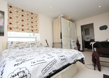 Capital East Apartments, 21 Western Gateway, Royal Victoria E16. Room to rent