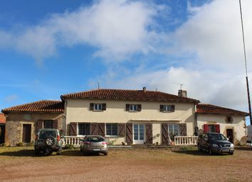 Thumbnail 3 bed equestrian property for sale in Poitou-Charentes, Vienne, Availles Limouzine