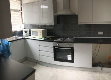 Thumbnail 4 bed terraced house to rent in Spring Walk, Aldgate East/Whitechapel