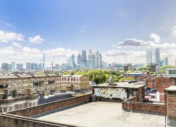 Thumbnail 2 bedroom flat to rent in Bethnal Green Road, London