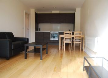 Thumbnail 2 bed flat to rent in Crampton Street, London
