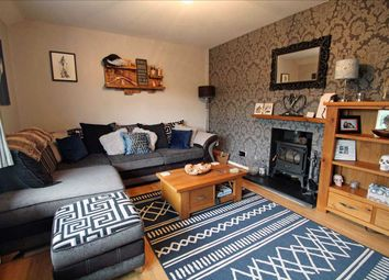 2 bed maisonette to rent in Grove Lane, Coulsdon CR5