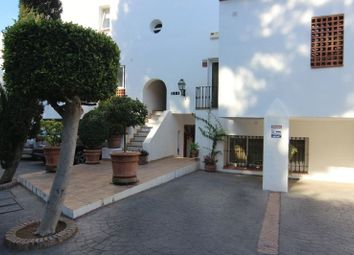 Thumbnail 1 bedroom apartment for sale in La Quinta, Benahavis, Malaga