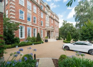 Thumbnail 2 bed flat for sale in Cholmeley Park, Highgate