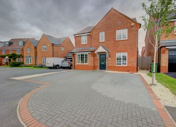 Thumbnail 4 bed detached house for sale in Warinford Close, Warwick