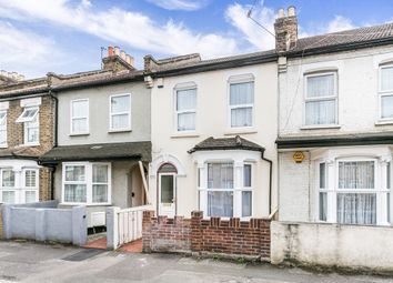 Thumbnail 3 bed flat to rent in Ashville Road, London