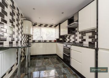 4 bed terraced house to rent in Rucklidge Avenue, Willesden, London NW10