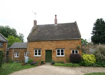 Thumbnail 2 bed cottage to rent in Main Street, Lyddington, Oakham