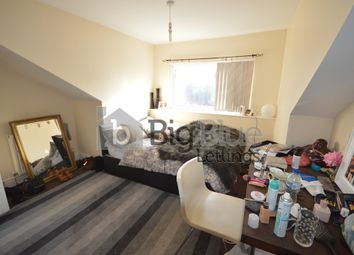 Thumbnail 4 bed terraced house to rent in Royal Park Road, Hyde Park, Four Beds, Leeds