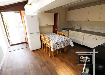 3 bed terraced house to rent in |Ref: H96|, Avenue Road, Southampton SO14