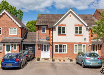 2 bed end terrace house for sale in Lyon Close, Maidenbower, Crawley, West Sussex RH10