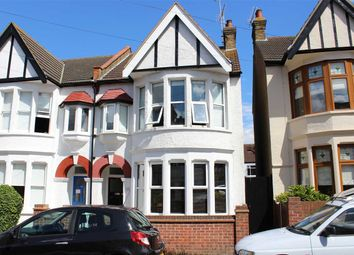 Thumbnail 1 bed flat for sale in Oakleigh Park Drive, Leigh-On-Sea