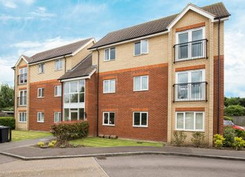 Thumbnail 2 bed flat for sale in Braeburn Walk, Royston, Hertfordshire