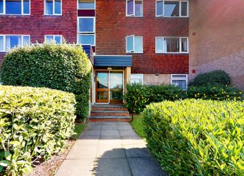 Thumbnail 2 bed flat for sale in Bardsley Close, Croydon