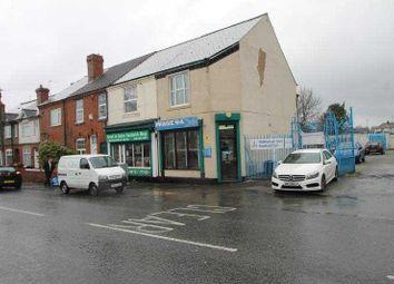 Thumbnail 1 bed flat to rent in Stourbridge Road, Halesowen, West Midlands