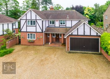 Thumbnail 4 bed property for sale in Yewlands Drive, Hoddesdon, Hertfordshire