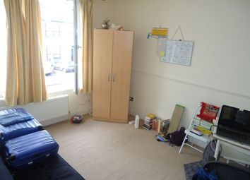 Thumbnail 1 bed flat to rent in Hamilton Road, Ilford