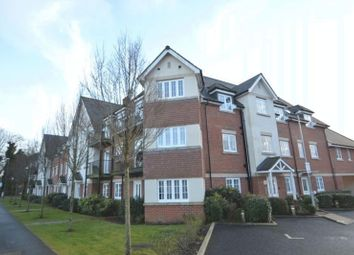 Thumbnail 1 bed flat to rent in Wellesbourne Road, High Wycombe