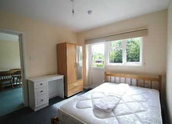 Thumbnail Room to rent in Potters Gate, Farnham