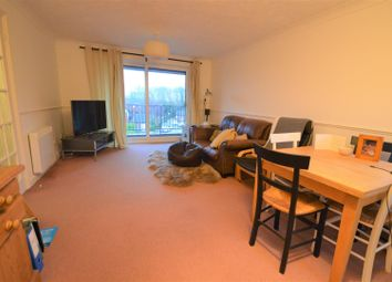 2 bed flat for sale in Buller Close, Crowborough TN6