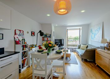 1 bed flat for sale in Holloway Road, London N7