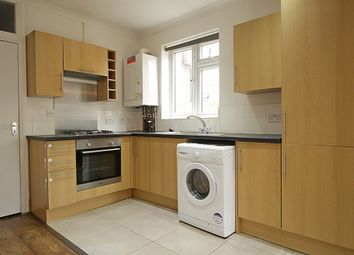2 bed flat to rent in Lampton Road, Hounslow TW3