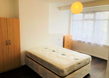 Thumbnail Room to rent in Craven Gardens, Barking