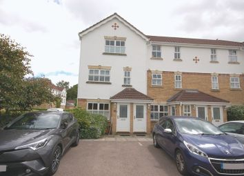 Thumbnail 2 bed flat to rent in Byewaters, Watford