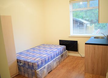 Thumbnail  Studio to rent in Brent Terrace, Cricklewood, London