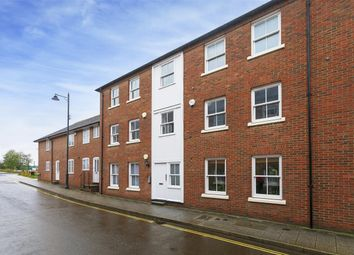 The Spires, Canterbury CT2. 2 bed flat for sale