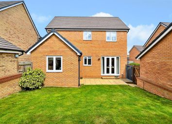 3 bed detached house for sale in Fieldfare, Leighton Buzzard LU7