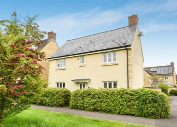 4 bed detached house for sale in Cherry Tree Way, Witney OX28